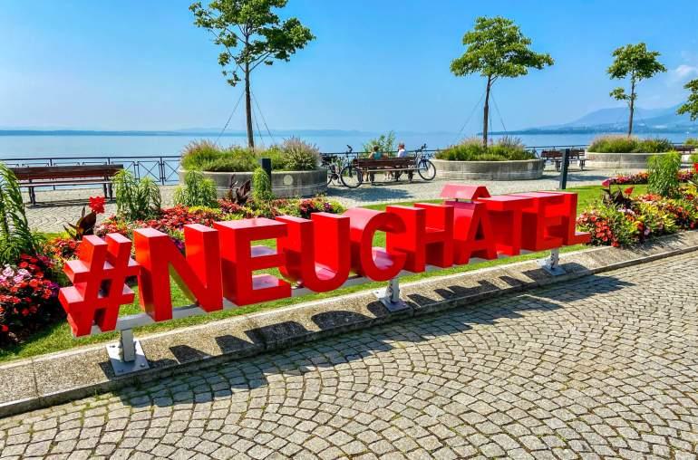 Lettres Neuchâtel Esplanade Mont Blanc