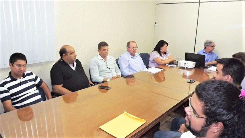 Integrantes do Conselho da Semob se reuniram nesta sexta-feira