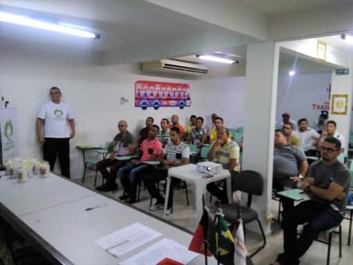 As capacitações aconteceram no auditório das empresas Unitrans e Santa Maria