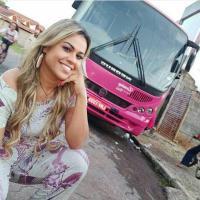 Motorista e empresária rifa um ônibus da sua frota para sobreviver a crise econômica