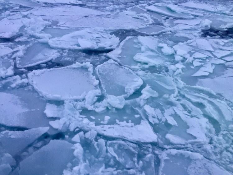 網走 流氷 おーろら号