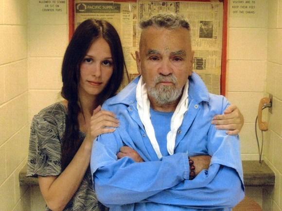 チャールズ・マンソンの獄中結婚が中止になった驚くべき理由とは