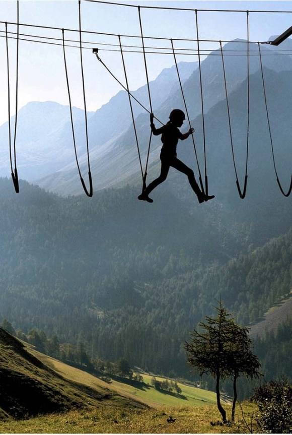 2.-Skywalking-in-the-Alps
