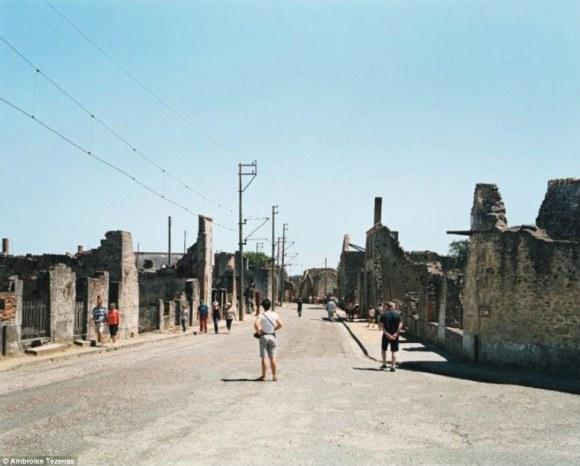 ナチスによって壊滅させられた村