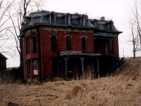 mudhouse-mansion