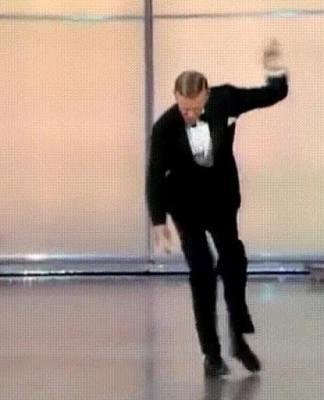Танец с закидонами