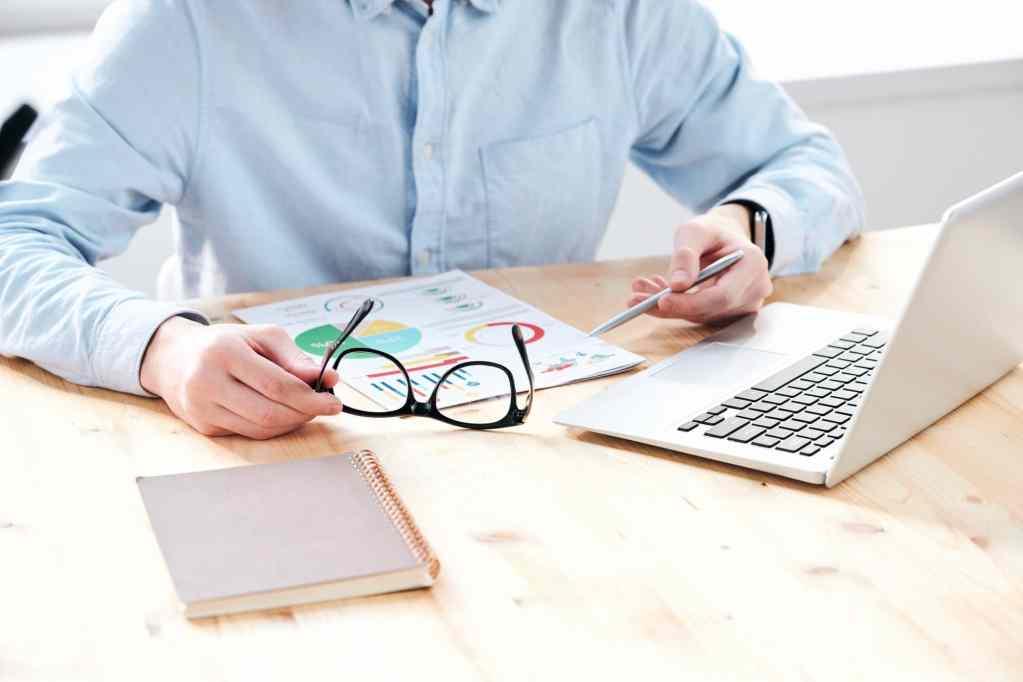 Wie eLearning Marketer Kaufentscheidungen durch Content Marketing beeinflussen können