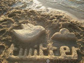 Twitter-escultura-de-arena