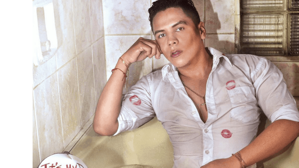 Bolivian Men - Meeting, Dating, and More (LOTS of Pics) 14