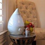 Crane-Drop-Ultrasonic-Cool-Mist-Humidifier–Grey-0-2