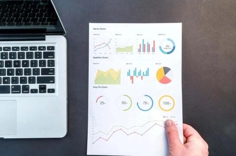 analytics-charts-computer
