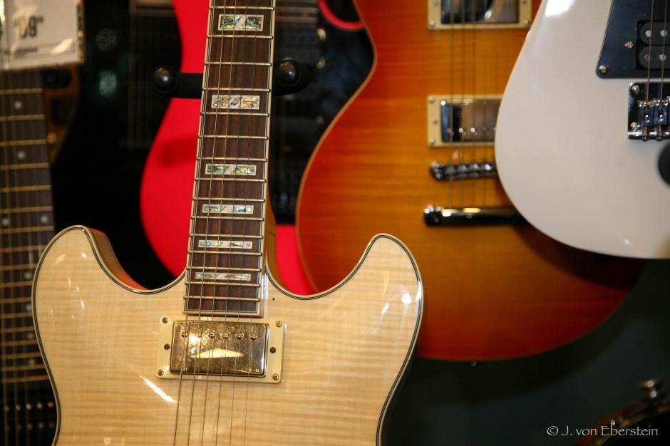 Guitar Center, Tacoma, WA