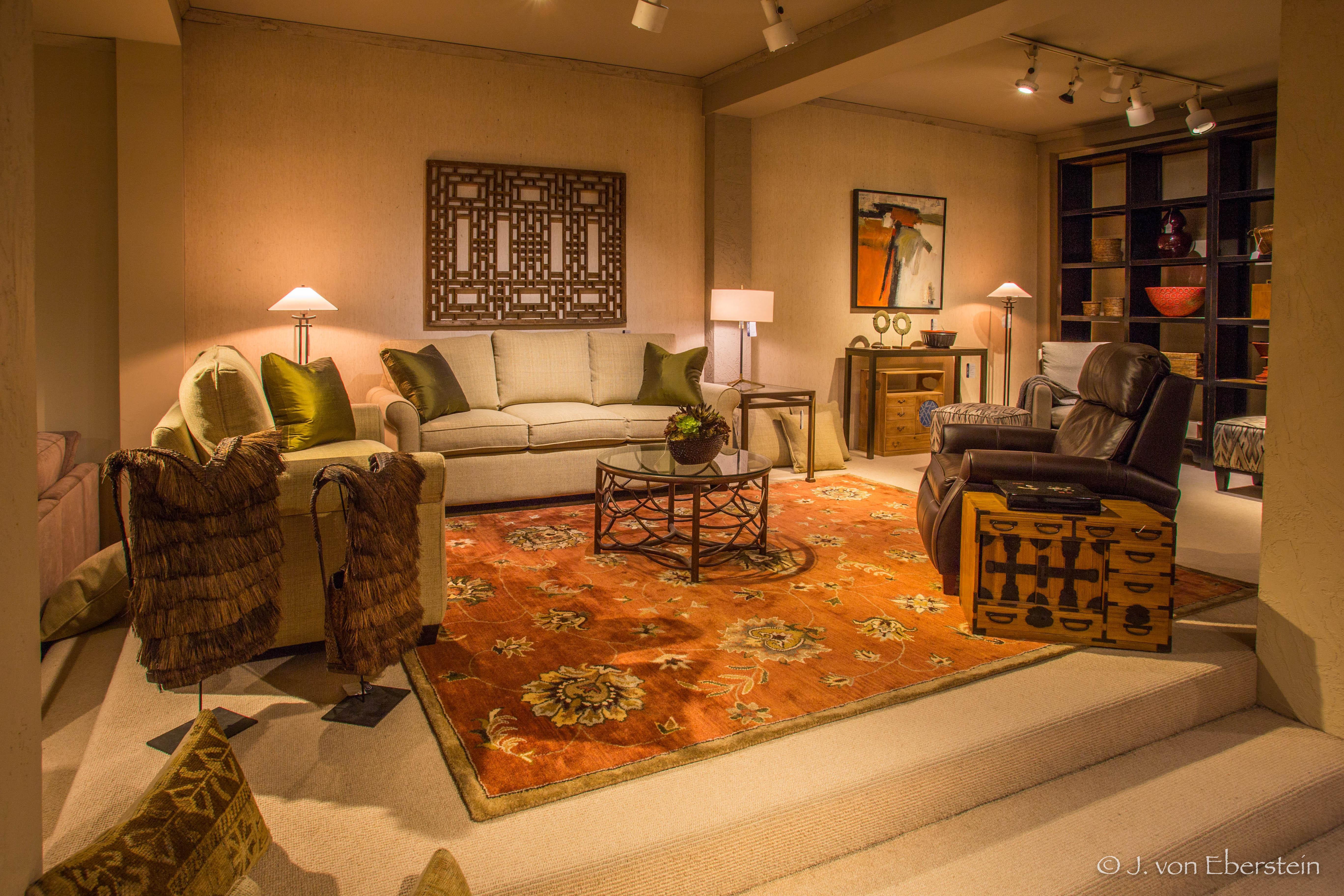 Del-Teet Furniture, Bellevue, WA