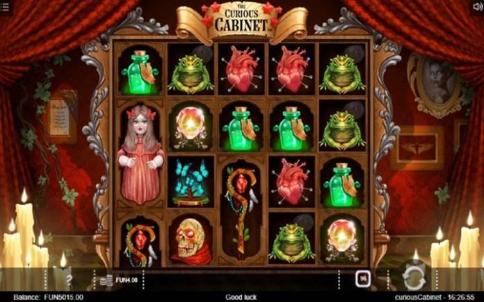 The Curious Cabinet, Online Casino Bonus, Iron Dog