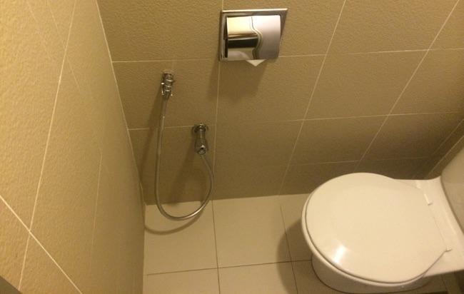 ファーストワールドホテルトイレ写真