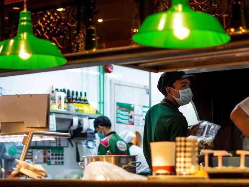 Qualities and key skills of a Restaurant Manager