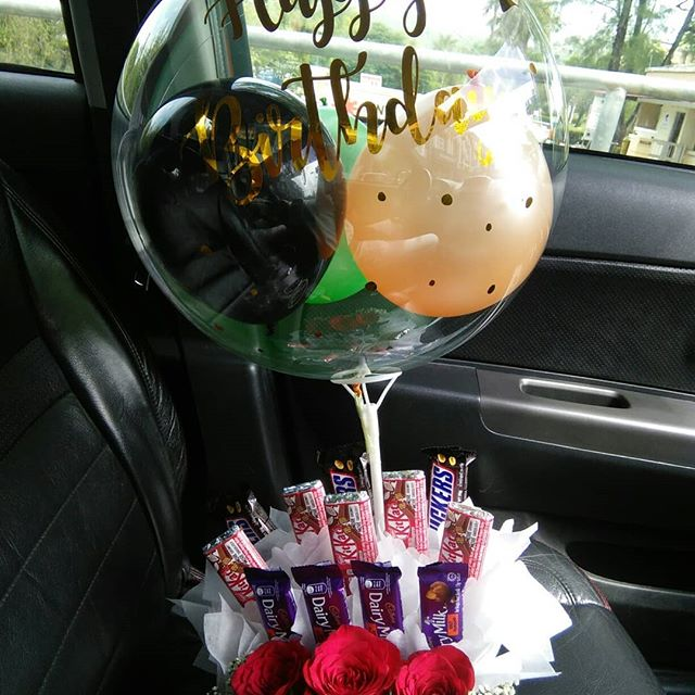 Using Balloons for a Low-Budget Party 1