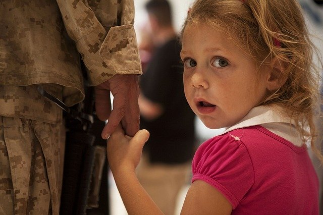 military kids moving 1