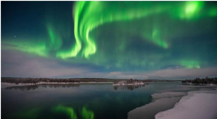 Aurora hunting in Lapland