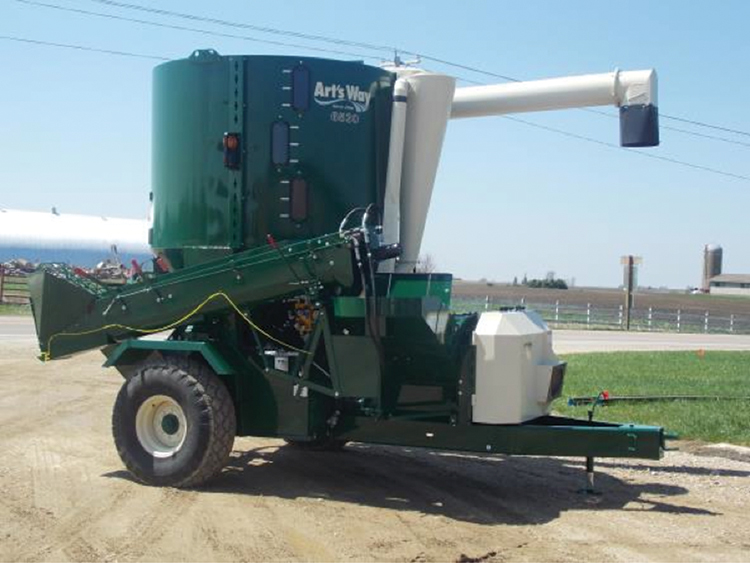 High Performance 6530 Grinder/Mixer delivers uniform, consistent quality feed improving livestock and poultry growth potential