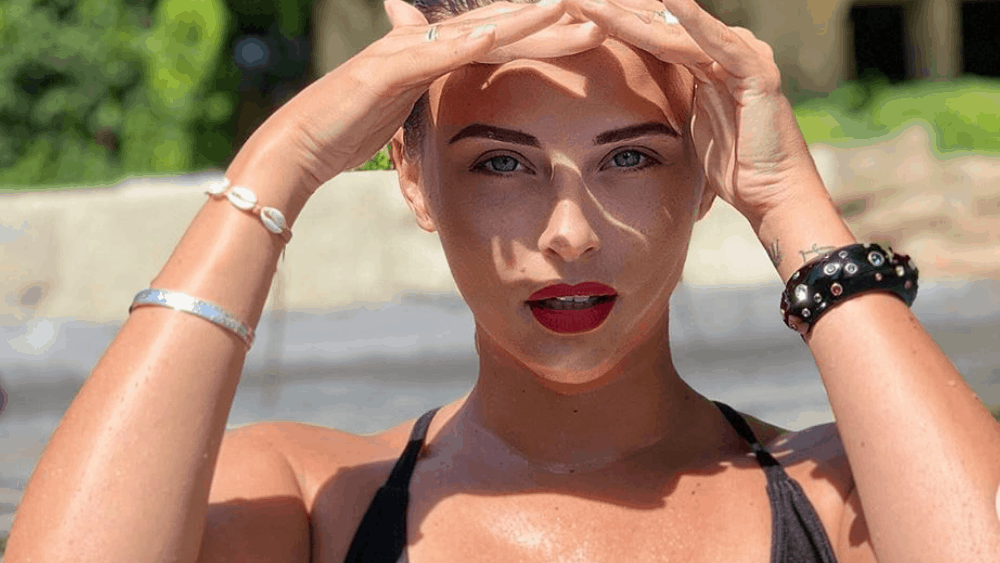 French Women - Meeting, Dating, and More (LOTS of Pics) 81