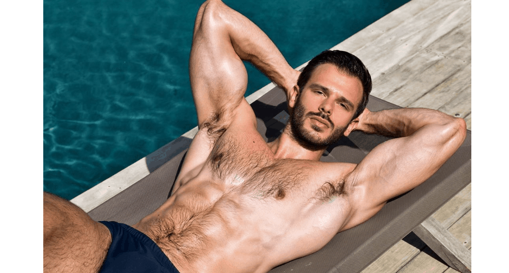 Canadian Men – Meeting, Dating, and More (LOTS of Pics) 37