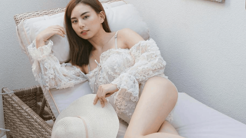 Malaysian Women: Meeting, Dating, and More (LOTS of Pics) 47