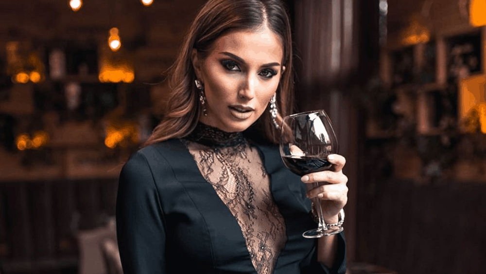 Bulgarian Women: Meeting, Dating, and More (LOTS of Pics) 11
