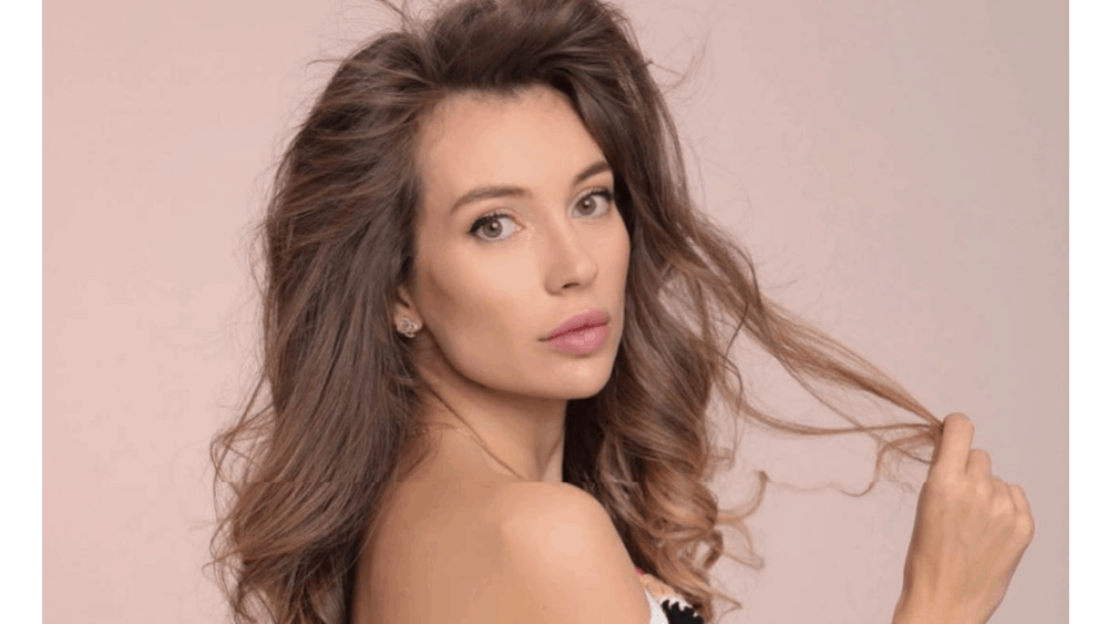 Bulgarian Women: Meeting, Dating, and More (LOTS of Pics) 15