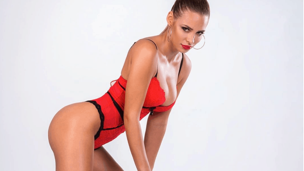 Bulgarian Women: Meeting, Dating, and More (LOTS of Pics) 43