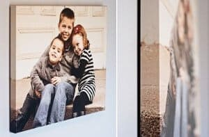 Fotoplátno-Zavesený foto obraz na stene s detailom priliehavosti k stene