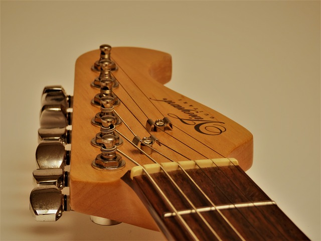eb35b20f28f1023ed1584d05fb1d4390e277e2c818b412439cf5c171a5ee 640 - Want To Learn To Play The Guitar? Read On.