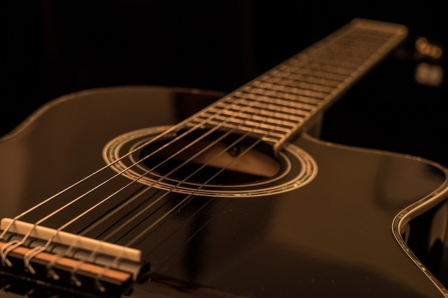 55e9d2404257a514f6da8c7dda793278143fdef852547741772873d2954b 640 1 - Don't Be Afraid To Learn To Play Guitar!
