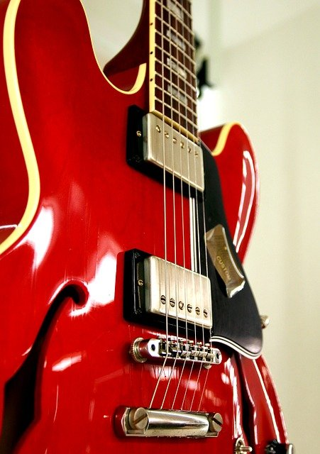 useful tips if you are learning to play the guitar 2 - Useful Tips If You Are Learning To Play The Guitar