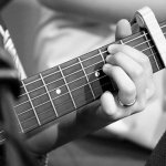 are you new to the guitar try these tips and tricks 2 - Are You New To The Guitar? Try These Tips And Tricks