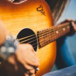 easily learn the ins and outs of guitar playing - Easily Learn The Ins And Outs Of Guitar Playing