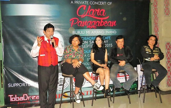 "Clara Panggabean Luncurkan Album ""Burju Mi Amang Inang"""