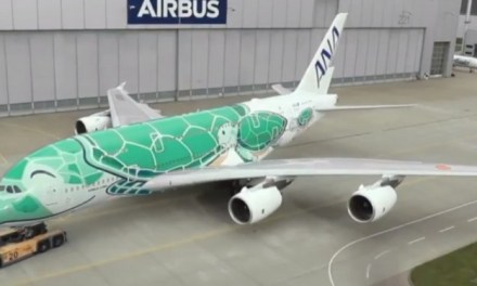 AIRBUS SHOWS OFF SECOND ANA A380