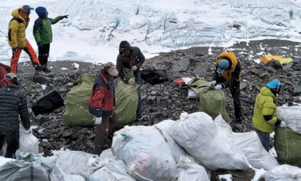 4 tonnes of garbage brought to Kathmandu from Mt Everest