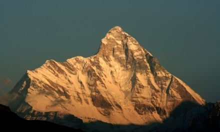 137 Mountain Peaks opened to foreigners for mountaineering and trekking in India