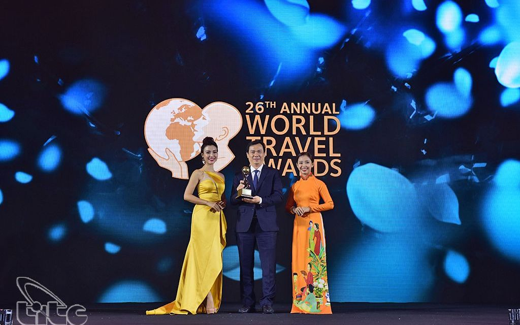 Viet Nam wins prestigious award as Asia's Leading Destination 2 consecutive times