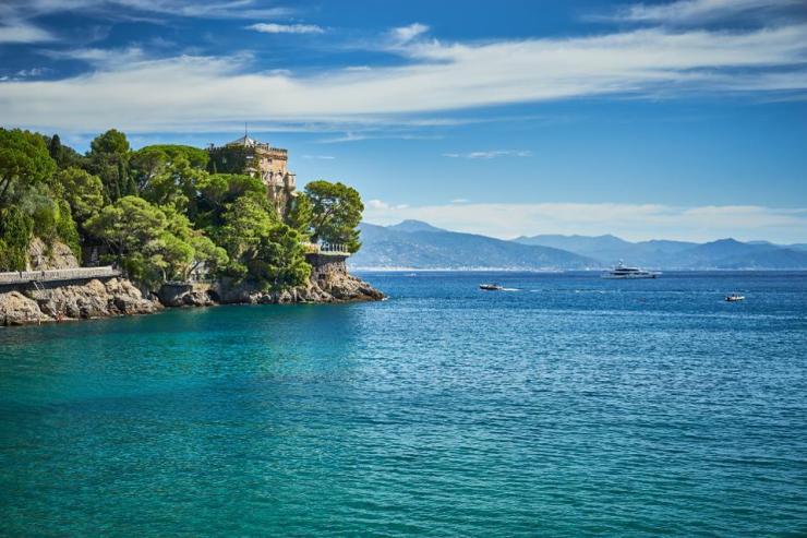 Beautiful bay of ″Paraggi″