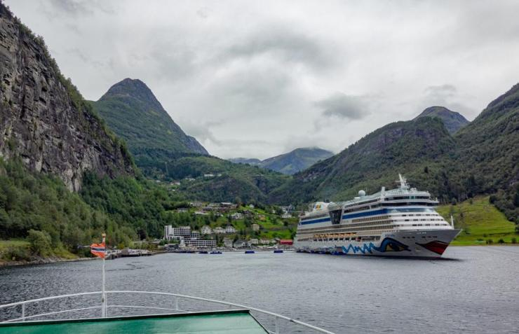 Norway, Geiranger: The cruise ship Aidabella lies in the Geirangerfjord.