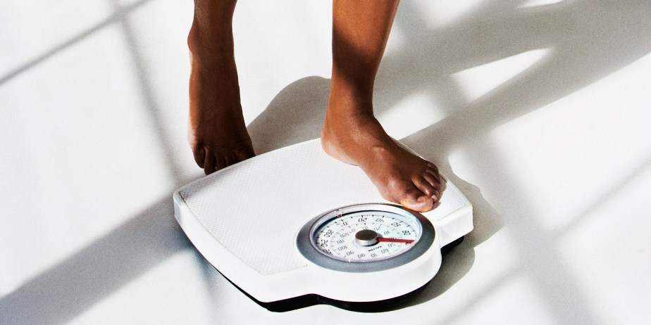 https://i0.wp.com/onlinemarketingscoops.com/wp-content/uploads/2021/02/signs-of-weight-loss-te-main-200727_98506497de17b6072ca7c8c987525d54.jpg?resize=924%2C462&ssl=1