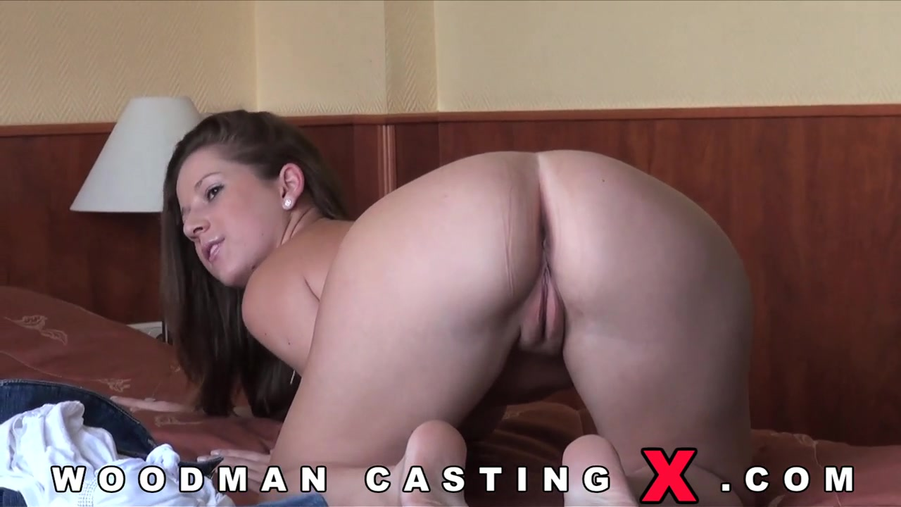 a young chick came to a porn casting for pierre woodman