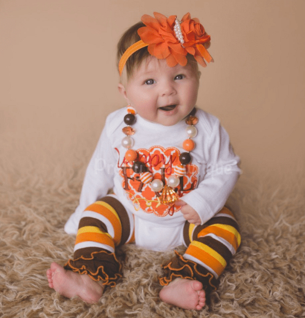 baby girl thanksgiving outfit on baby with leggings and headband
