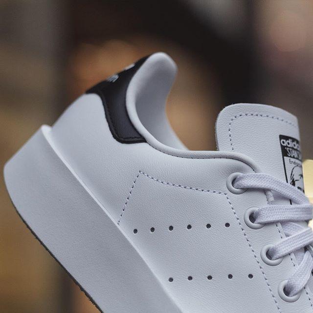 波鞋 (1)