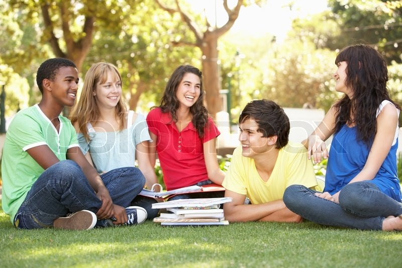 Low Tuition Universities in France with Tuition Fees, Cost of Living and Visa Requirements