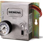 Siemens-545-113-Electronic-To-Pneumatic-Transducer-with-Panel-Mounting-Hand-Auto-Switch-Override-Dial-High-Capacity-and-Non-Bleed-Device-0