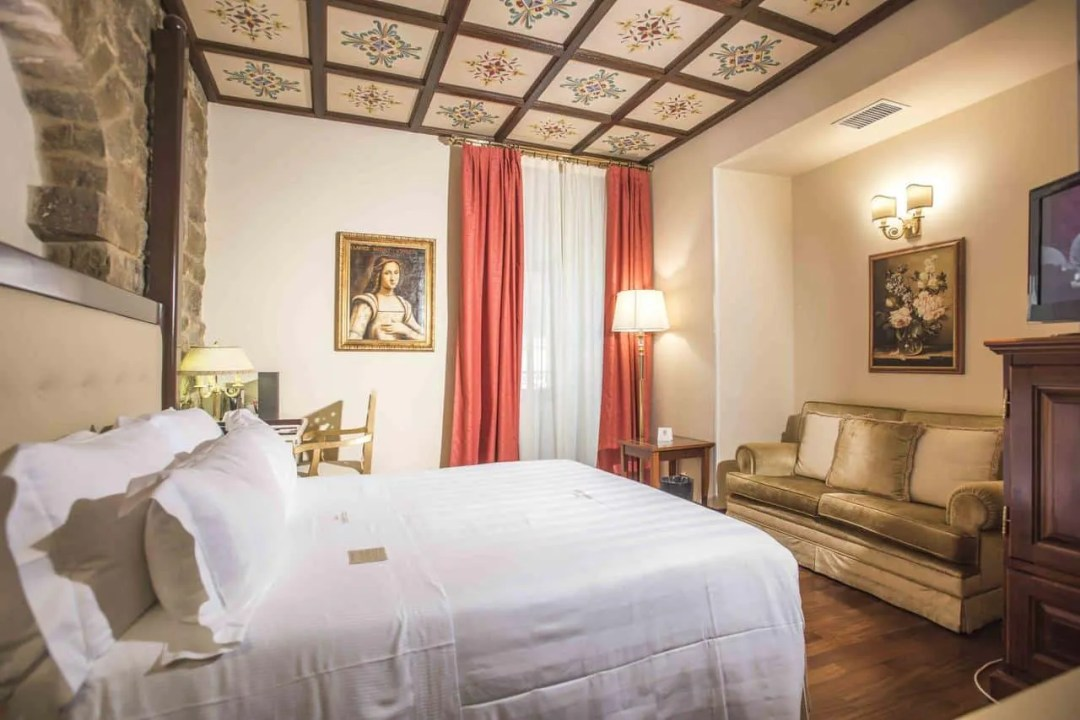 Golden Tower Hotel & Spa - Luxury hotel in central florence, italy